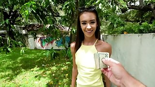 Innocent chick acts like a real slut chip she receives money