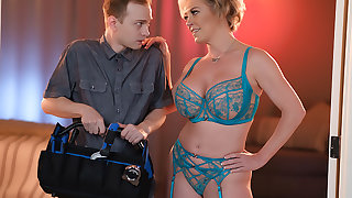 Dee Williams is horny and wants her husband with formulation her an escort.