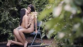 Back yard seduction adjacent to scenes be advantageous to lesbian foreplay